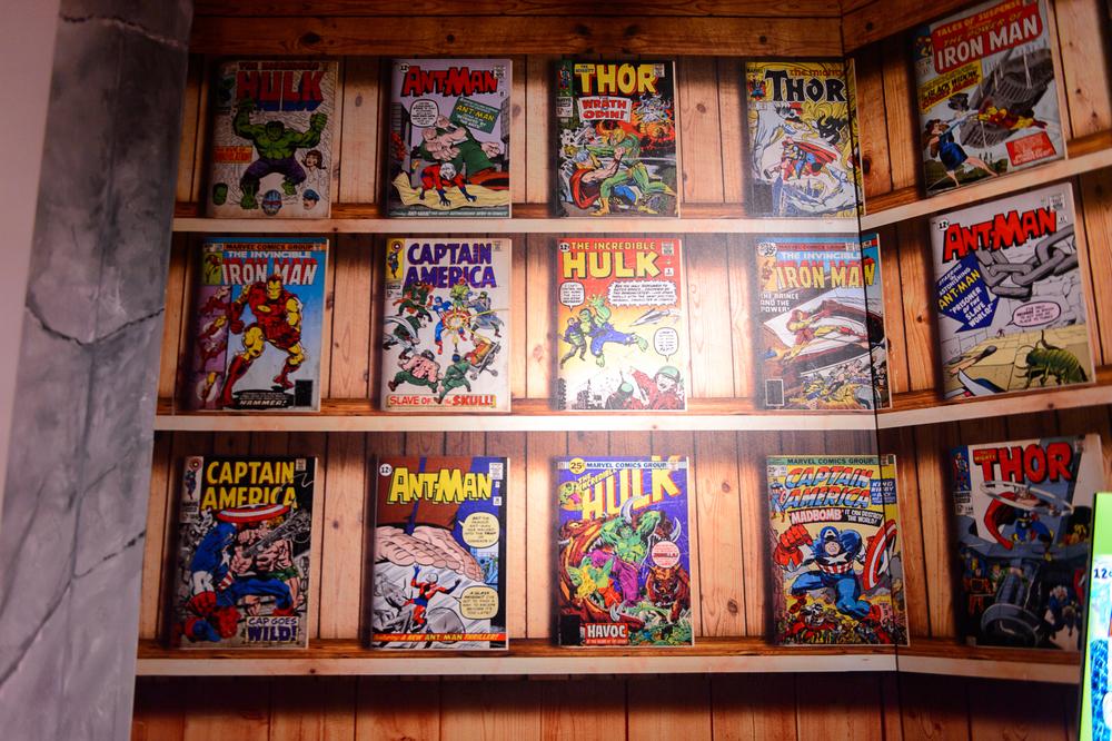 Comic shelves